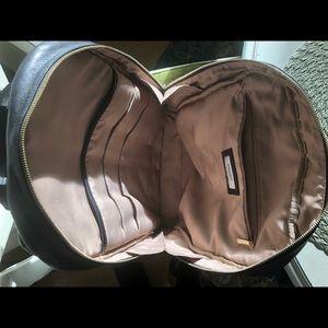 14cfccd3fe8 Knomo high quality large stylish leather backpack